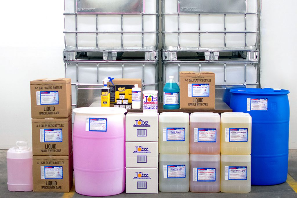 Product array in quarts, tubs, gallons and 5, 30, 55 and 275 gallon containers